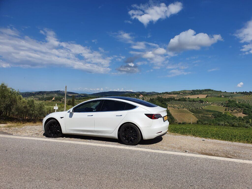 elektrische auto buitenland